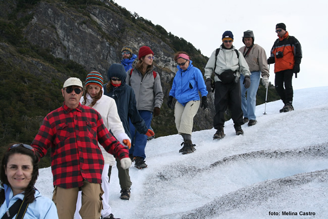 Trekking sobre o Glaciar Perito Moreno