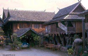 Casa típica, Chiang Mai, Tailândia