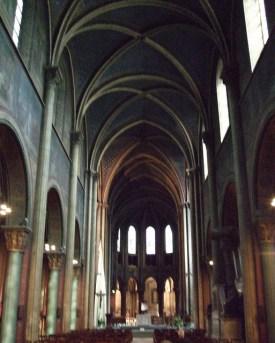 Interior da igreja de St-GermanFoto Jim Linwood CC BYz