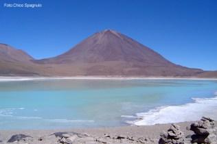 Laguna no salar de Uyuni, no Altiplano Boliviano
