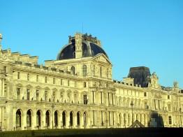 Louvre, no bairro de Palais Royale, Paris, França