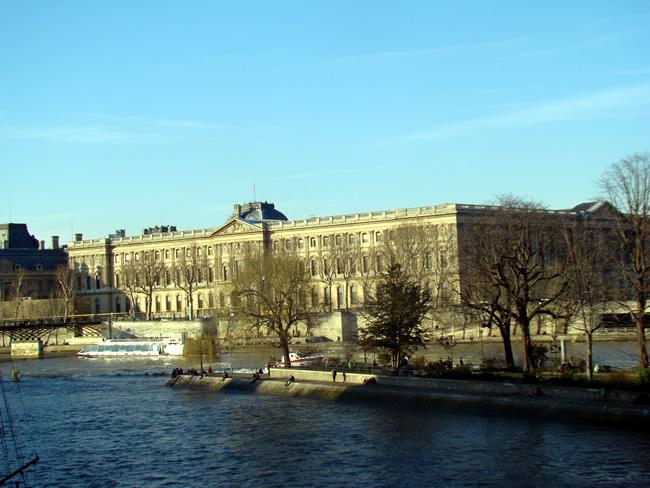 Louvre, visto do Pont des Arts