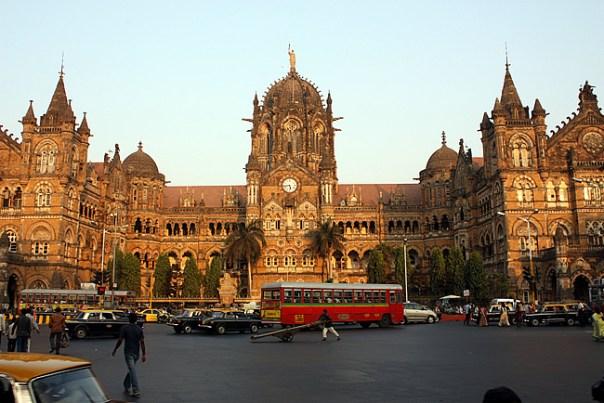Mumbai, Victoria Terminus - foto Arian Zwegers CCBY