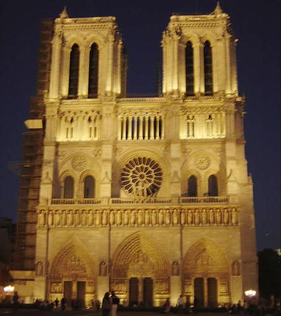 Notre Dame à noite, Paris