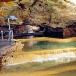 O interior da caverna, Gouffre de Padirac, França