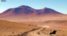 Trilha que leva ao Salar de Uyuni