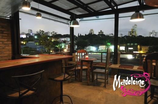 Varanda do bar Madeleine, Vila Madalena, São Paulo