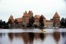 Castelo de Trakai, em uma ilha lacustre, Lituânia