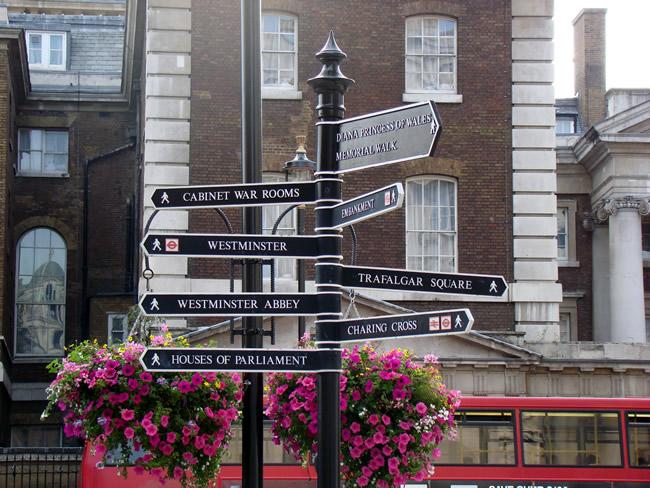 Londres, uma cidade bem sinalizada,Inglaterra