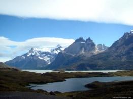 Torres del Paine, no Chile, uma paisagem de lagos e montanhas