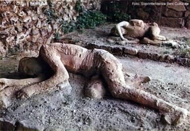 Pompeia, moldes dos corpos encontrados em Pompéia
