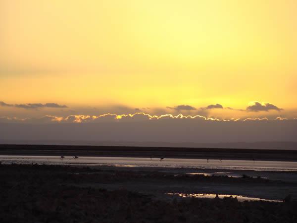 Salina ao por do sol no Atacama
