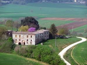 TEstradinha rural na Toscana