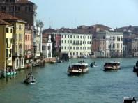 Vaporettos no Canal Grande, Veneza