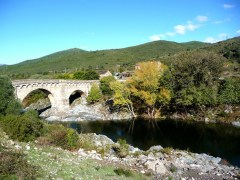 De Cavi a St-Laurent - Corsega, ponte antiga