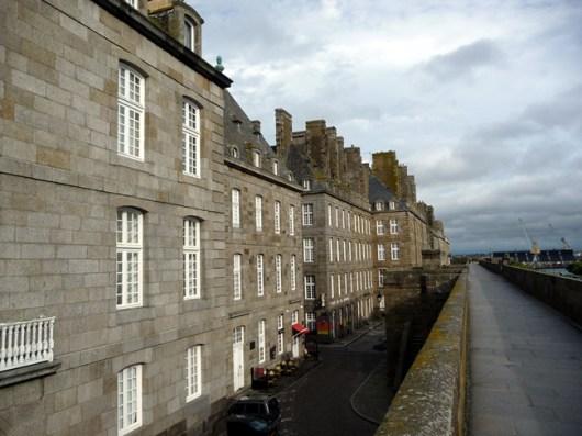 Saint-Malô, no alto das muralhas