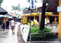 Aldeia em Phi-Phi Island, Tailândia
