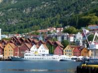Bergen, Noruega, a cidade vista do mar