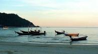 Canoas de pescadores, sul da Tailândia