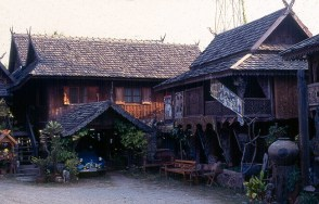 Casa típica em Chiang Mai, Tailândia