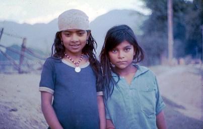 SrinagAr, Cahemira, Índia, meninas