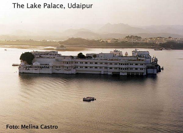 Udaipur, Lake Pichola, Índia