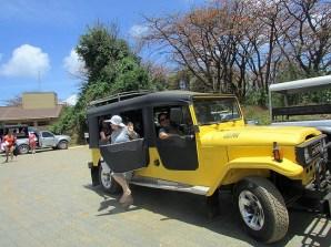 Jepp para excursões em Fernando de Noronha - Foto Rosanetur BBCY