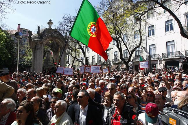 Portugal, Revolução dos Cravos - Foto Pedro Catarino