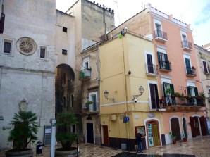 Bari, entrada da Vecchia Bari