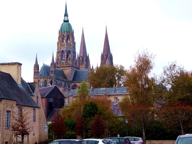 França, Normadia, Bayeux, outono