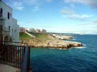 Polignano Al Mare, litoral recortado