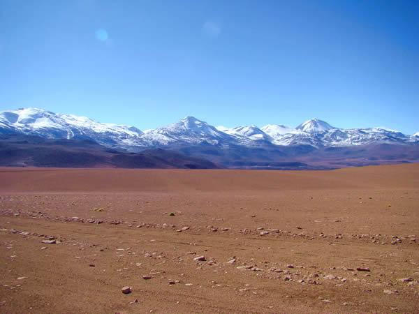 Os Andes, no Chile, deserto do Atacama