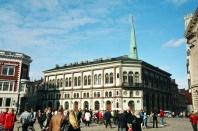 Centro de Riga, Letônia, Castelo na cidade de Trakai, perto de Vilnius, Lituânia, Europa Oriental