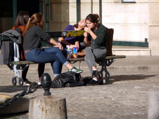 Paris, lanche na pracinha