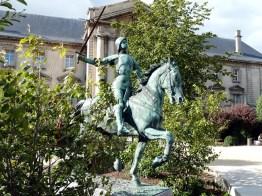 Estátua de Jeanne d'Arc
