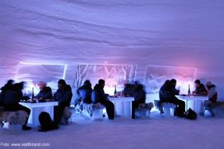 Finlândia, restaurante de gelo