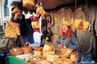 Quiosque de compras em Tallin, Estônia, Europa Oriental