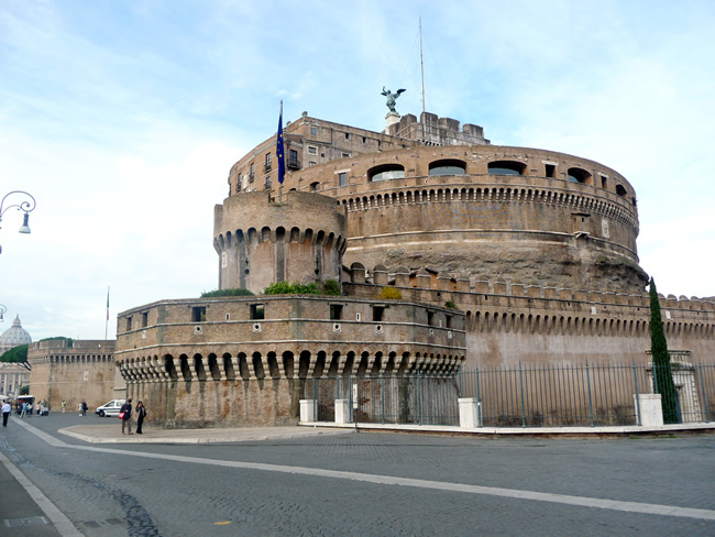 Lateral do Castel Sant'Angelo, em Roma