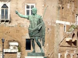 Avenida dos Fóruns Imperiais, em Roma