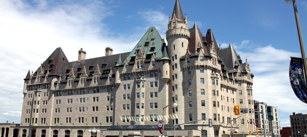 Ottawa, Château Laurier , foto Rick Ligthelm CCBY