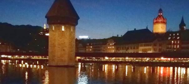 Lucerna, Ponte da Capela e Tprre de Água à noite