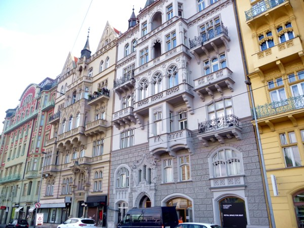 Rua de Praga, arquitetura art-déco