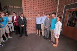 Officers from the Teen Republicans club at Manual pose with Rand Paul.