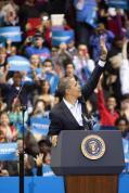 President Barack Obama greets the audience before his speech on Sunday November 4, 2012 at the University of Cincinnati. Photo by Yazmin Martinez.