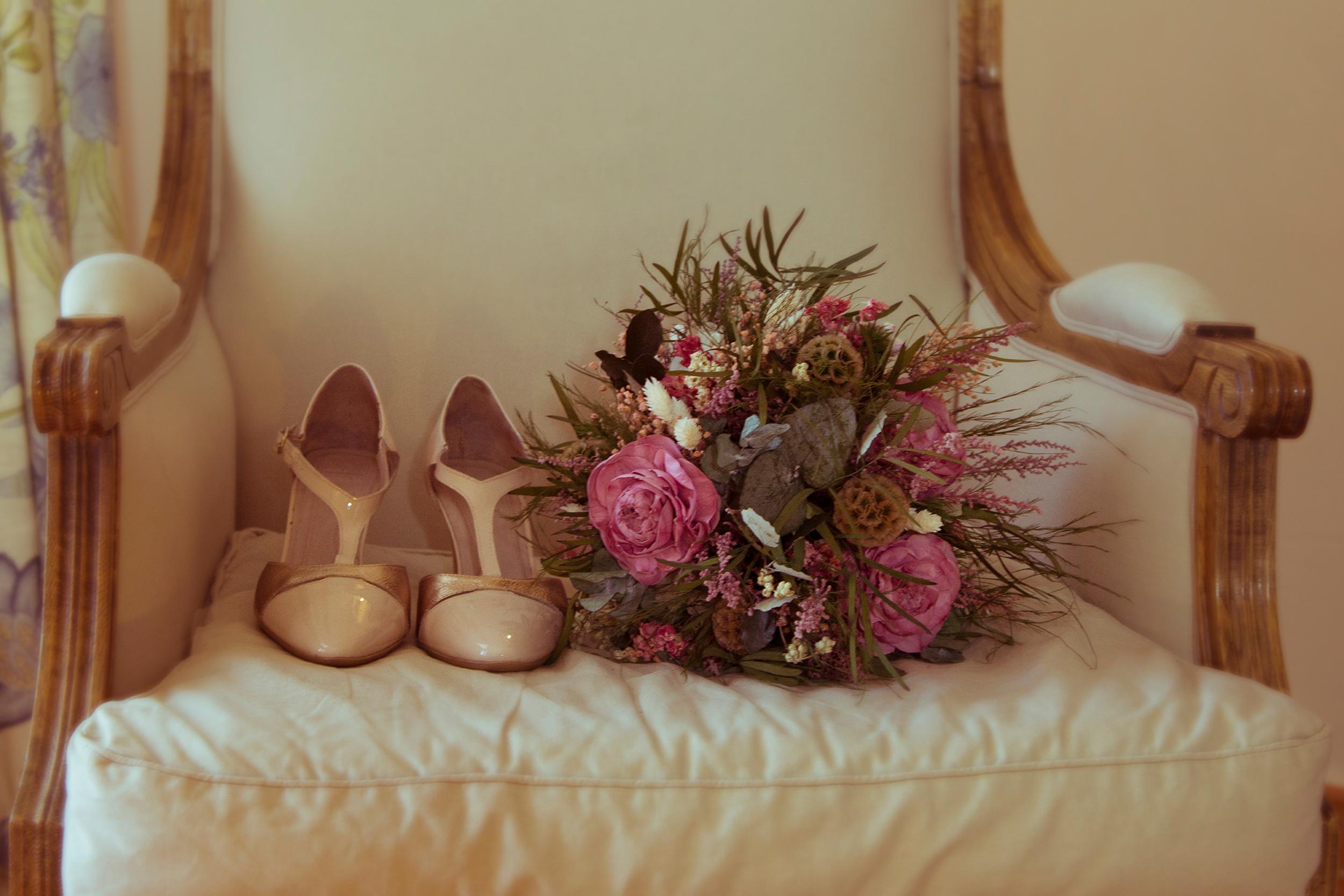 Ramo y zapatos novia
