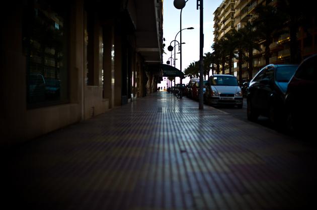 Bilder von dort – mediterrane Strasse in einer Stadt