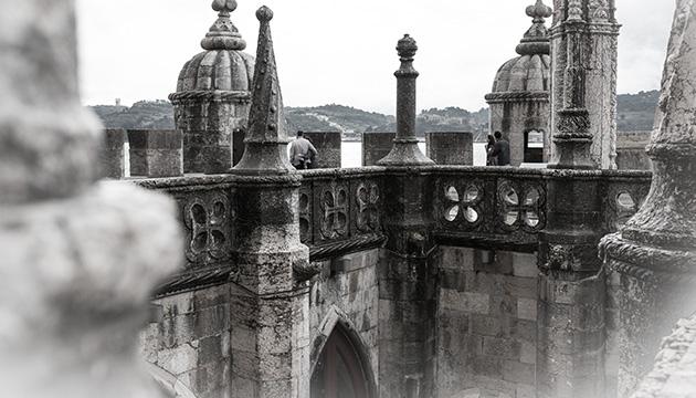 Torre de Belém, Beitragsbild mit der ersten Terrasse des Turmes