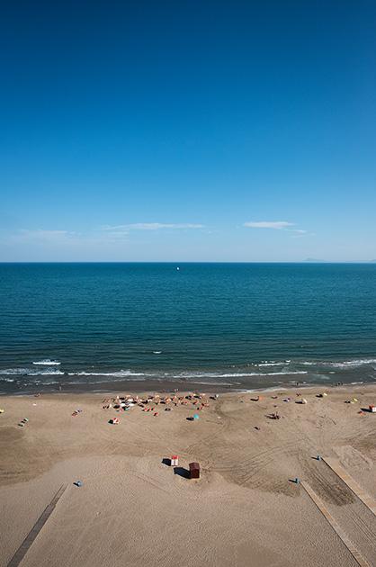 Cullera Spanien, Blick vom Strand aufs offene Mittelmeer