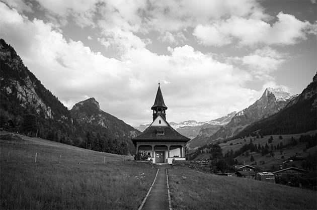 Die Kapelle von Kiental, 1929 erbaut vom basler Architekten Vischer-Sarasin.