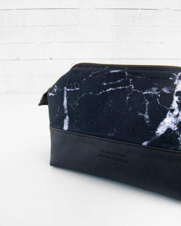 Kosmetiktasche-Kulturbeutel-Marble-Dark-Marmor-Schwarz-Slowfashion-Fairfashion-Manufaktur-Nicola-Marisa-Größe-M-2-1